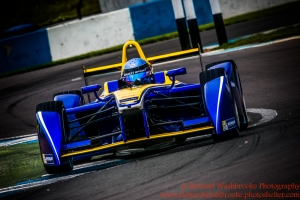 8 Nicola Prost (FRA) Renault e.Dams Formula E Test Day Donington 17th August 2015 Raw Photo: - Richard Washbrooke Photography