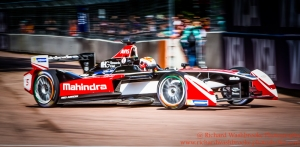 5 Karun Chandhok (IND) Mahindra Racing FormulaE Battersea, London Round 11 Race Photo: - Richard Washbrooke Photography