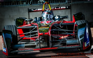 23 Nick Heidfeld (DEU) Venturi Formula E Team FormulaE Battersea, London Round 11 Race Photo: - Richard Washbrooke Photography