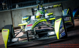 99 Nelson Piquet JR (BRA) NEXTEV TCR FormulaE Battersea, London Round 11 Race Photo: - Richard Washbrooke Photography