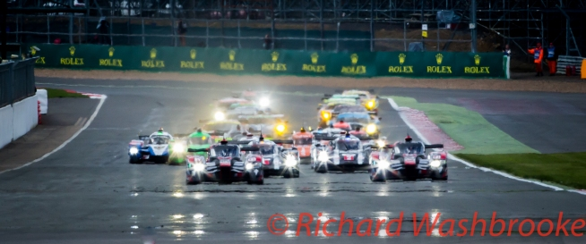 Start of the FIA WEC 6H Silverstone - Sunday 17th April 2016