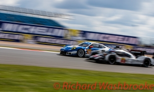Christian Ried (DEU) / Wolf Henzler (DEU) / Joel Camathias (CHE) driving the LMGTE Am KCMG Porsche 911 RSR FIA WEC 6H Silverstone - Sunday 17th April 2016
