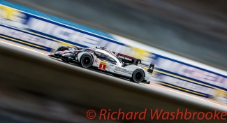 Timo Bernhard (DEU) / Mark Webber (AUS) / Brendon Hartley (NZL) driving the #1 LMP1 Porsche Team (DEU) Porsche 919 Hybrid FIA WEC 6H Silverstone - Sunday 17th April 2016